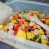 Opskrift: Salat med perlebyg og gule frugter