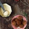 Opskrift: Æbleskiver med chokolade og kokos