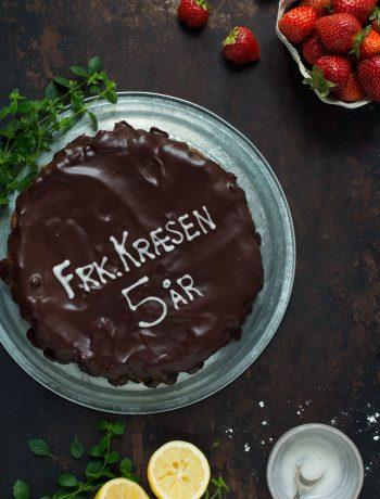 Opskrift: Chokoladekage med valnødder   Frk. Kræsen
