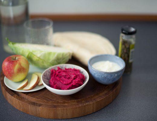 Opskrift: Wraps med rødbedehummus og aubergine | Frk. Kræsen