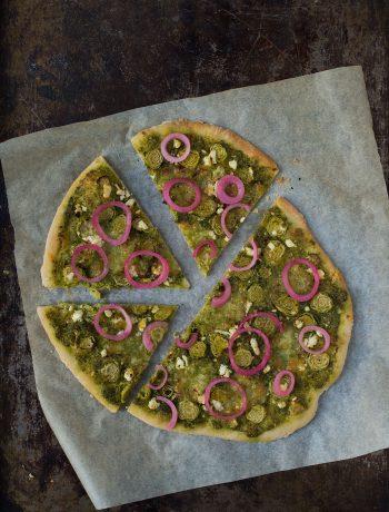 Opskrift: Pizza med rosenkål | Frk. Kræsen