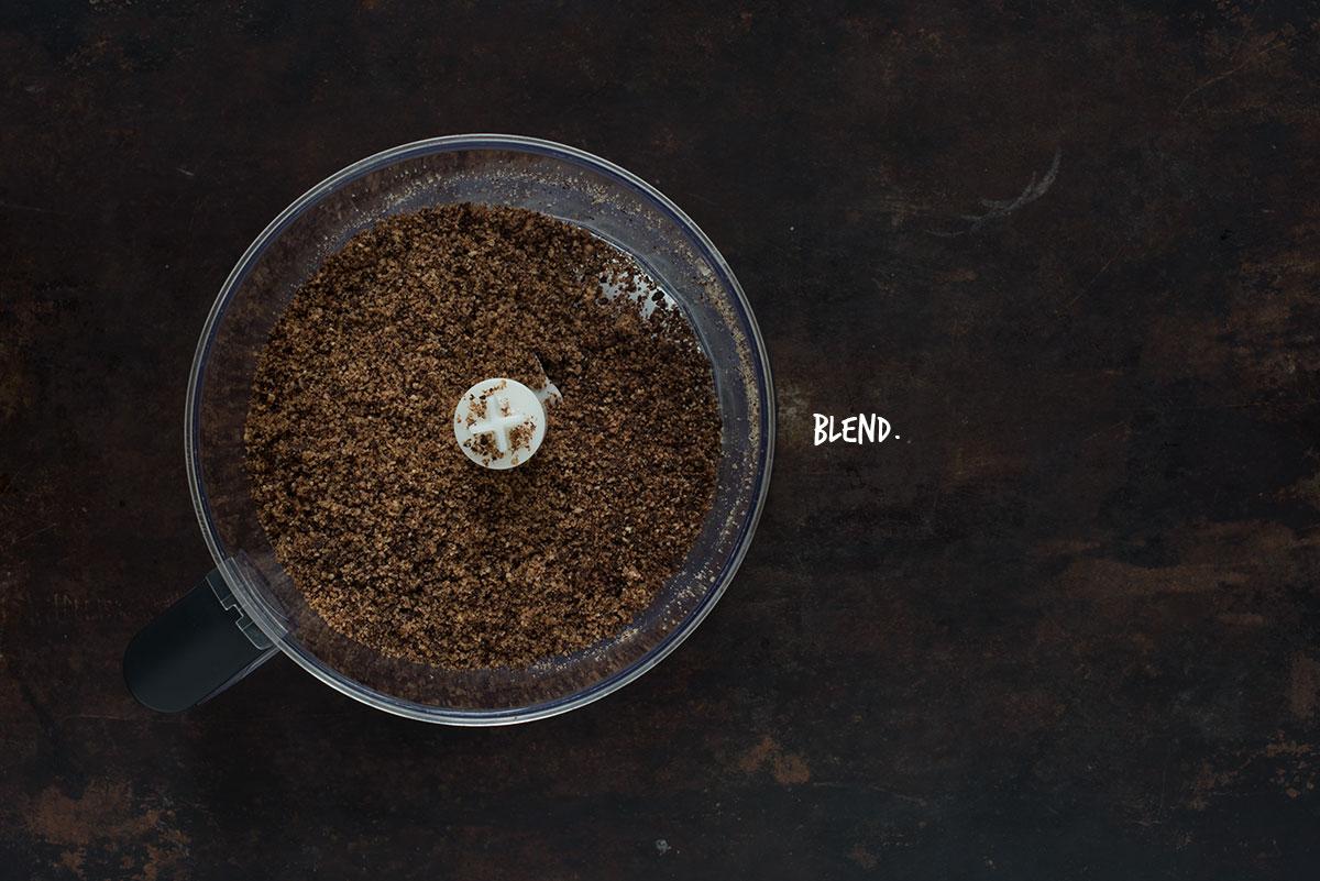 Opskrift: Glutenfri lagkage med chokolade og peanutbutter-frosting | Frk. Kræsen