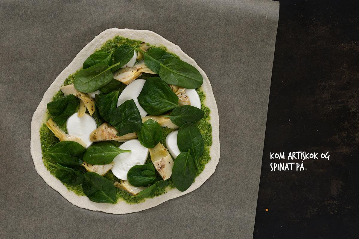 Opskrift: Pizza med artiskok, spinat og citron | Frk. Kræsen