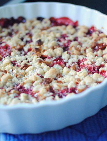 Opskrift: Crumble med jordbær | Frk. Kræsen