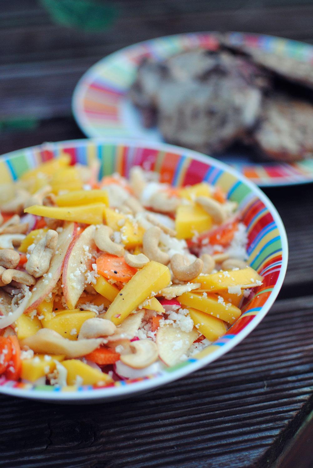 Opskrift: Blomkålscouscous med mango og radiser | Frk. Kræsen