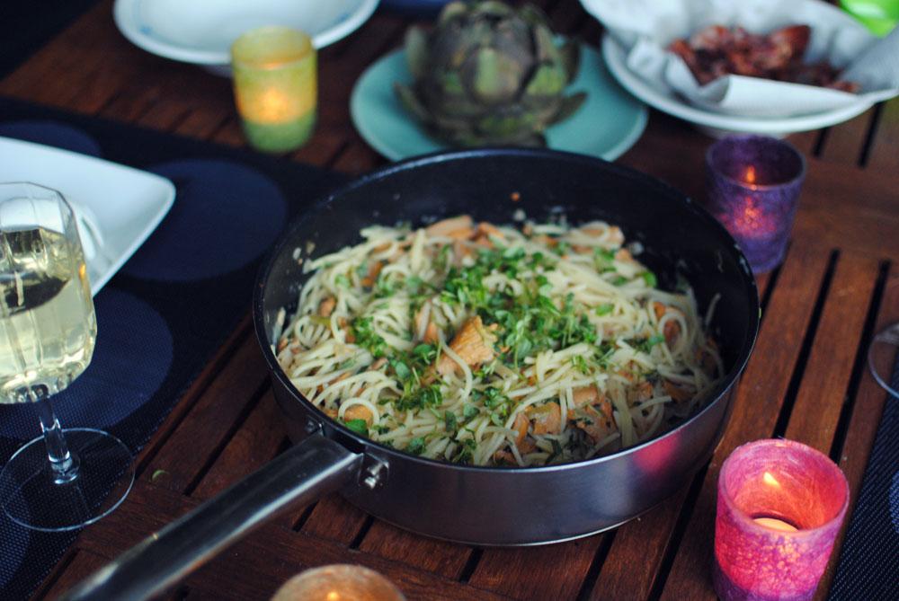 Opskrift: Pasta med kantareller, bacon og timian | Frk. Kræsen