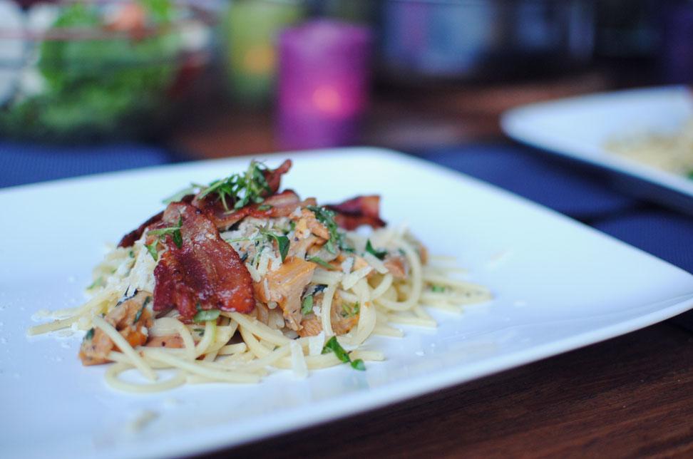 Opskrift: Pasta med kantareller og bacon | Frk. Kræsen