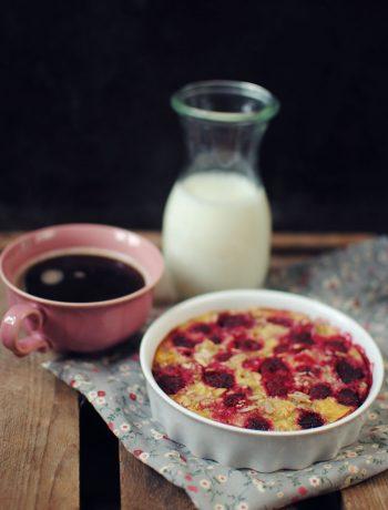 Opskrift: Bagt grød med bær