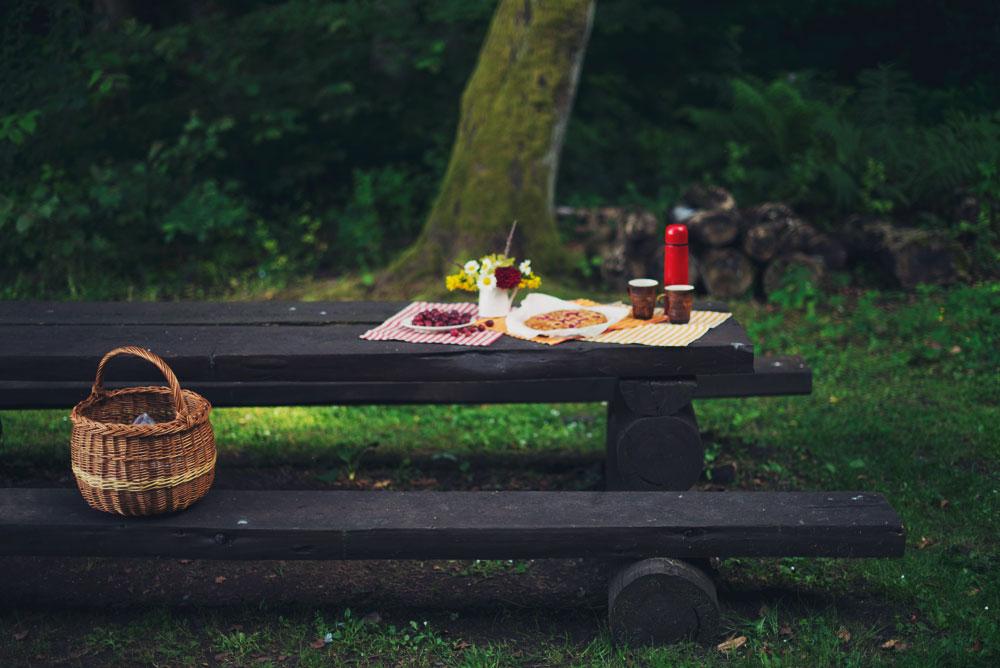 Opskrift: Mandelkage med stikkelsbær | Frk. Kræsen