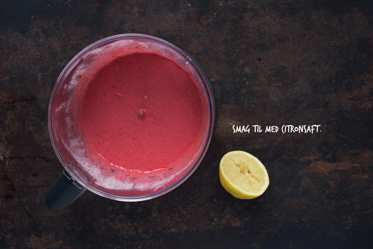 Opskrift: Chiagrød med hindbær | Frk. Kræsen