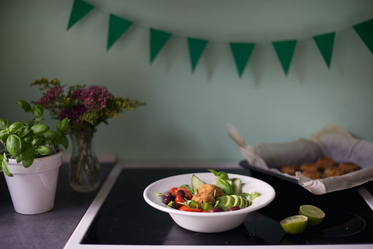 Opskrift: Falafel med soltørrede tomater | Frk. Kræsen