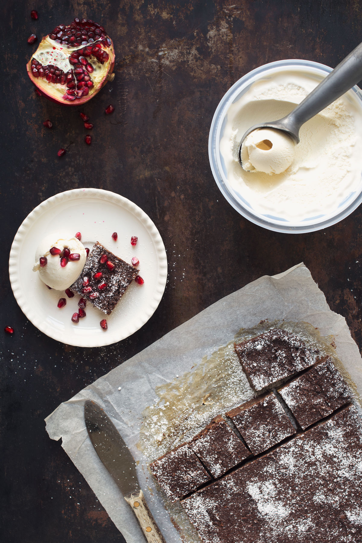 Opskrift: Vegansk brownie/chokoladekag | Frk. Kræsen