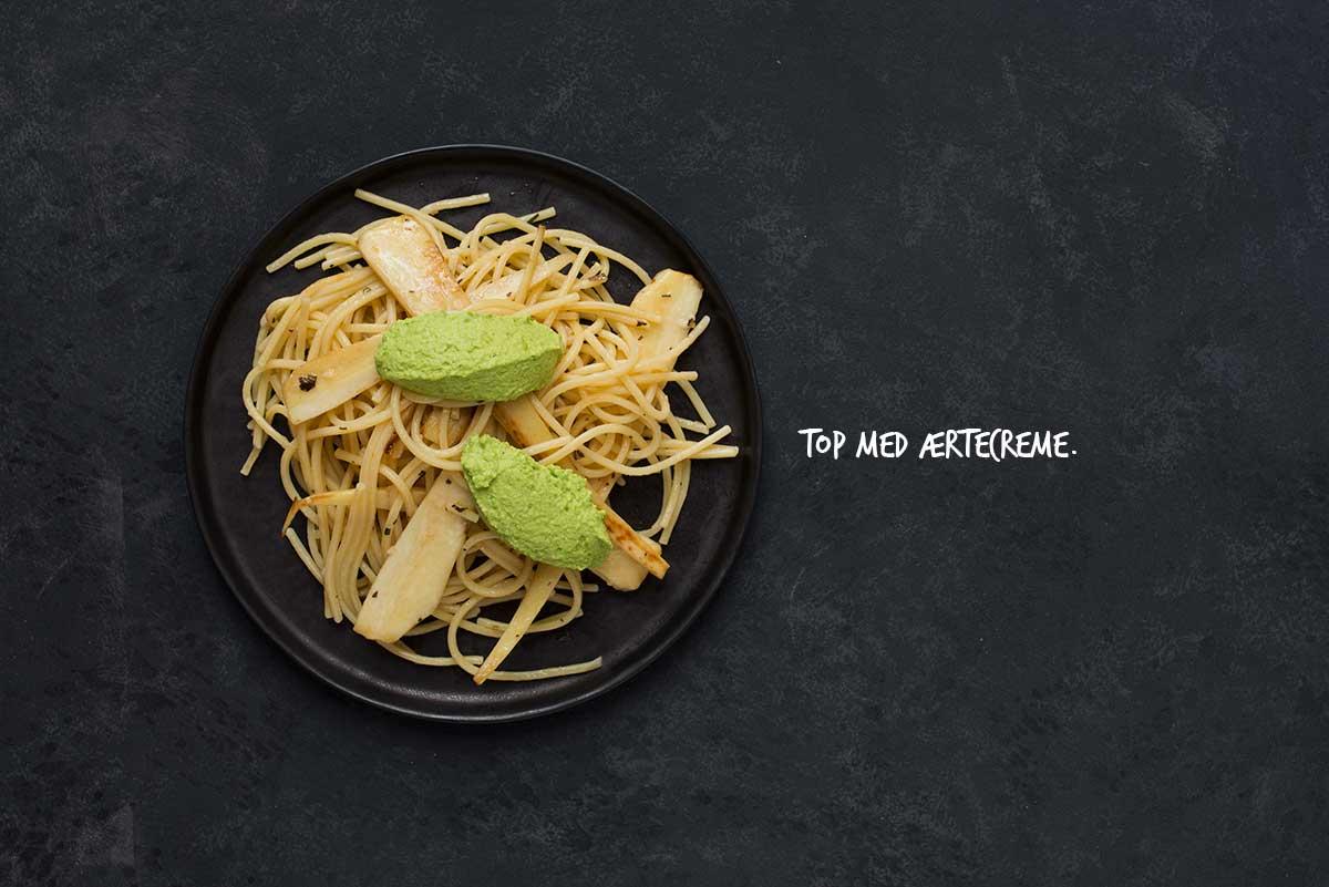 Opskrift: Pasta med pastinak og ærtecreme | Frk. Kræsen