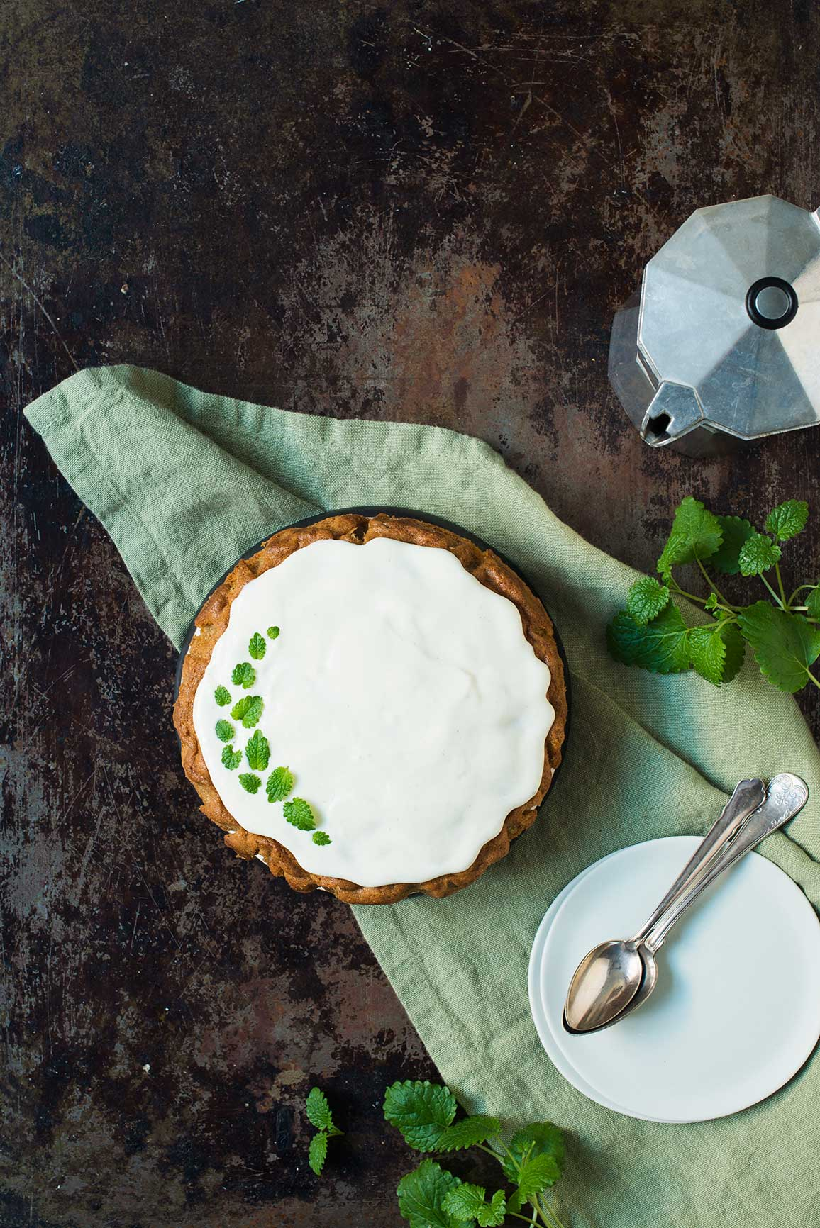 Opskrift: Gulerodskage med cream cheese-frosting | Frk. Kræsen