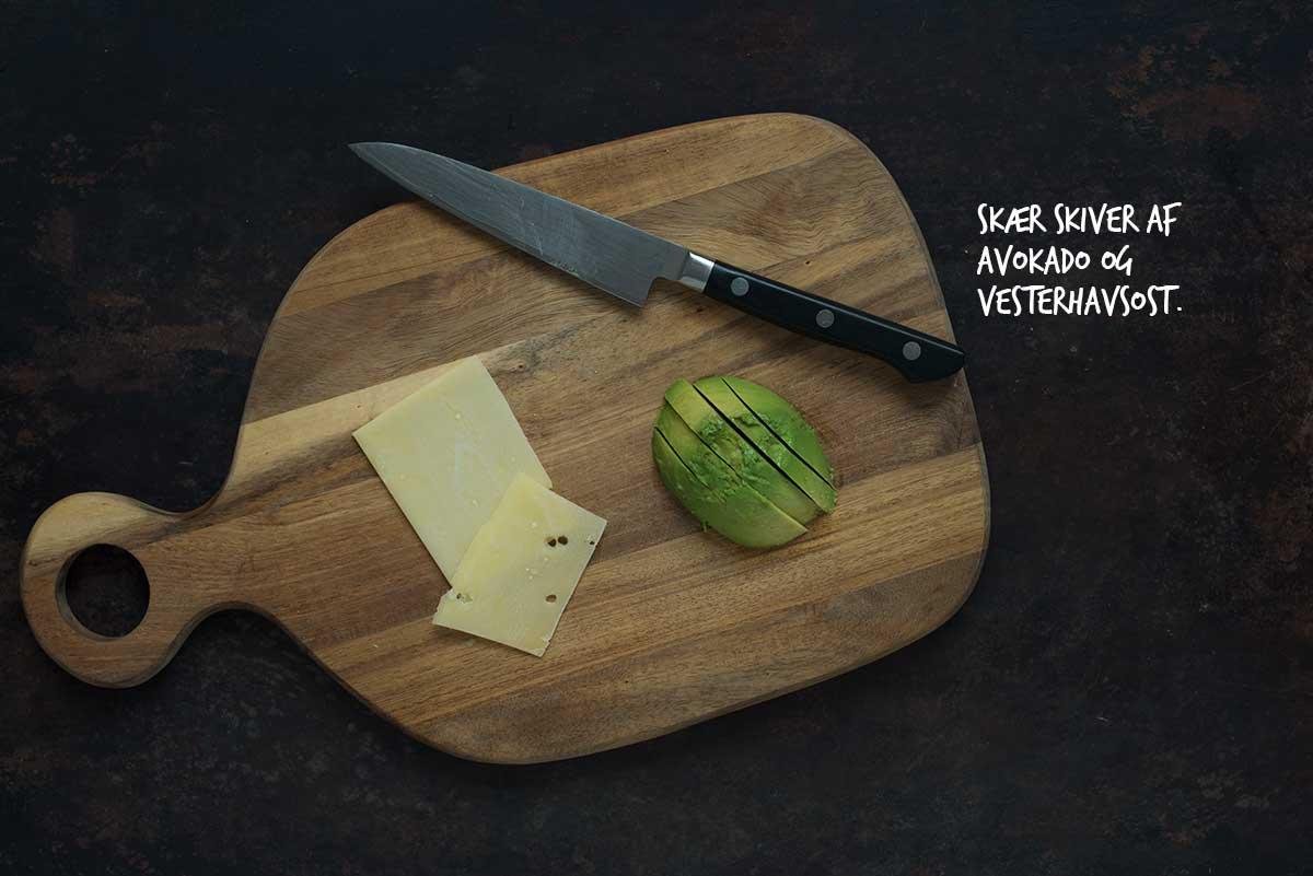 Opskrift: Vegetarisk sandwich med peberfrugthummus | Frk. Kræsen