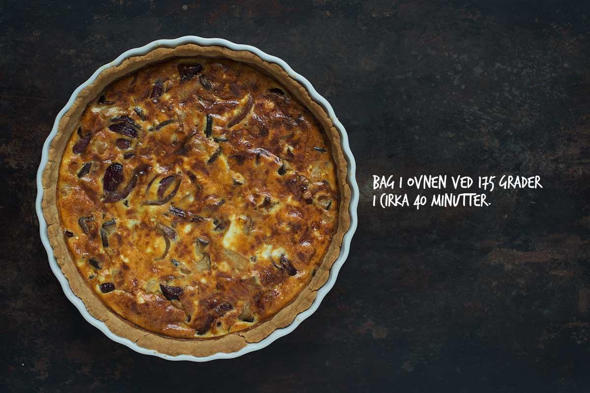 Opskrift: Tærte med svampe og karamelliserede rødløg | Frk. Kræsen
