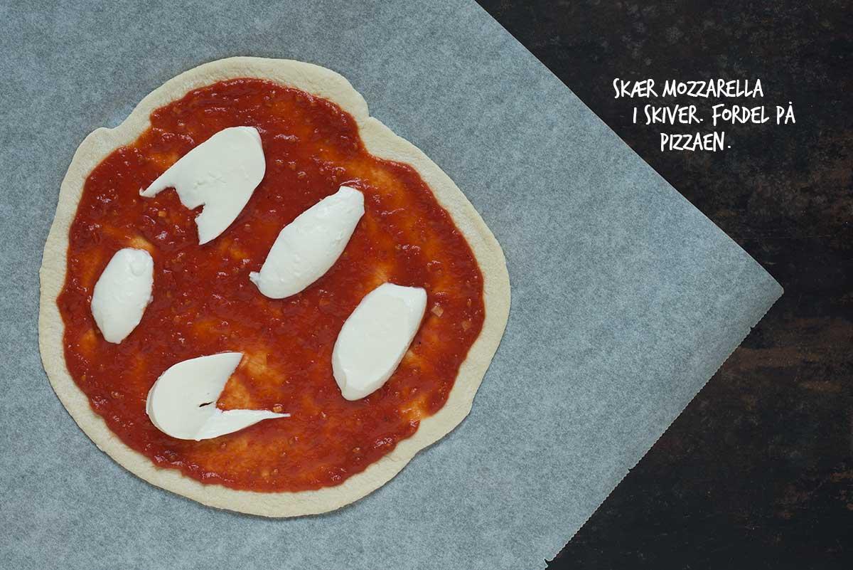 Opskrift: Pizza Margherita | Frk. Kræsen